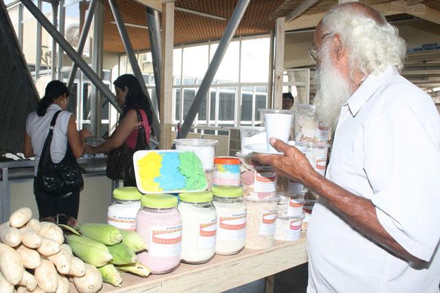 Produtos da agricultura familiar fazem parte do cardápio das escolas