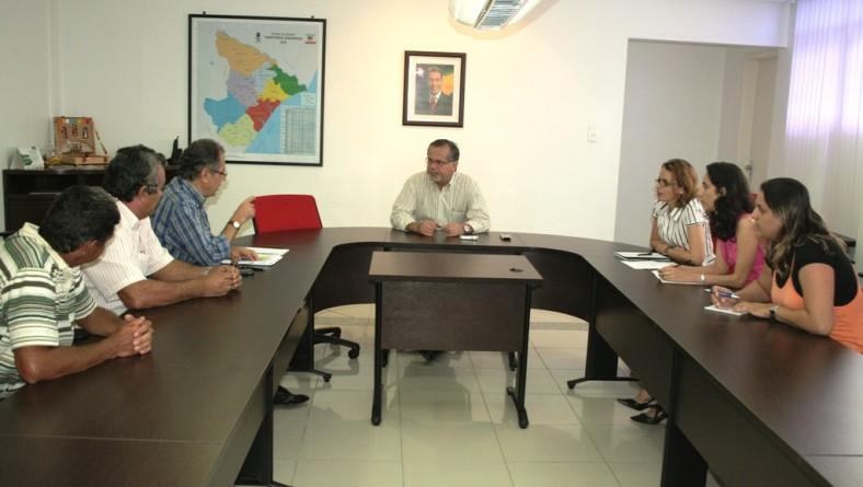 Reunião discute melhorias para os psicultores de Propriá