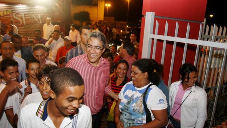 Déda entrega reforma e ampliação de escola estadual em Simão Dias