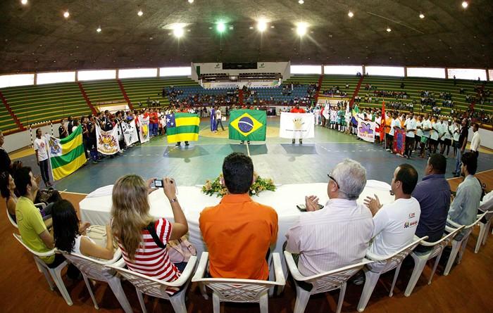 Governo do Estado incentiva realização da Copa Caps de Futebol de Salão