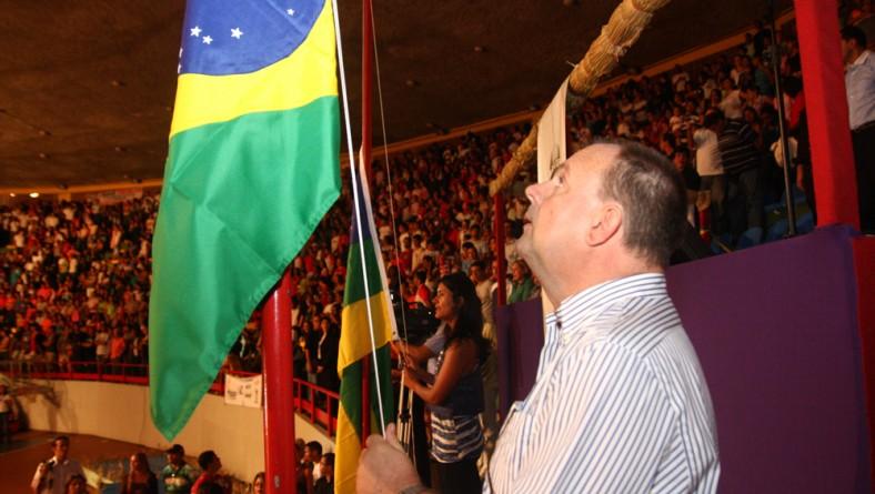 Vice-governador e primeira-dama prestigiam abertura oficial dos Jogos da Primavera