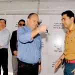 Vicegovernador entrega R$ 3