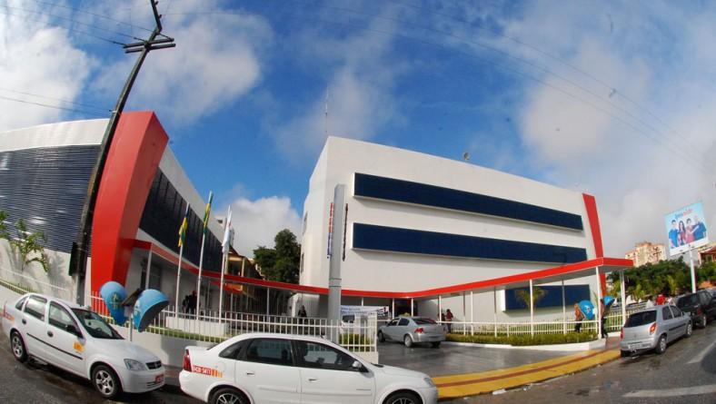 Reforma das instalações do Ipesaúde é entregue pelo vice-governador Belivaldo Chagas
