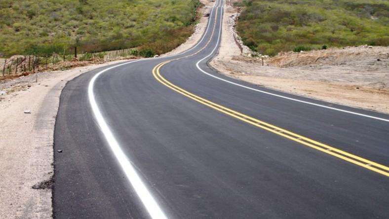 Governo conclui pavimentação da rodovia Vaca Serrada/Niterói
