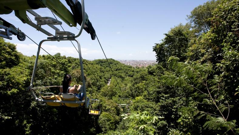 Teleférico de Aracaju atrai turistas