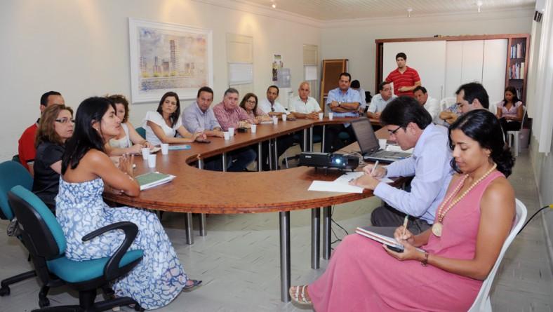 Governo e iniciativa privada avaliam demandas de capacitação profissional