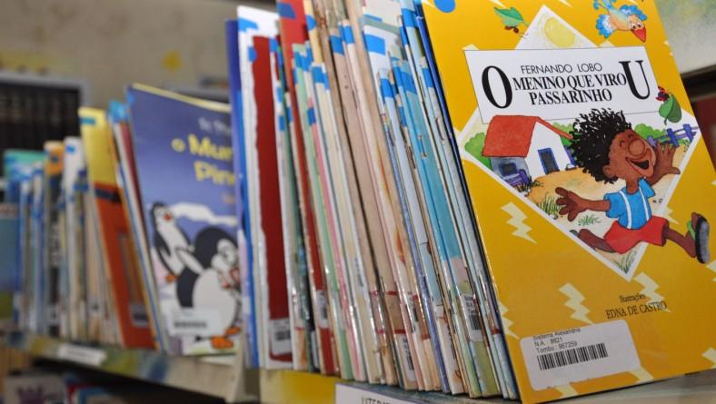 Secult promove 'Mês do Livro Infantil' em bibliotecas da capital