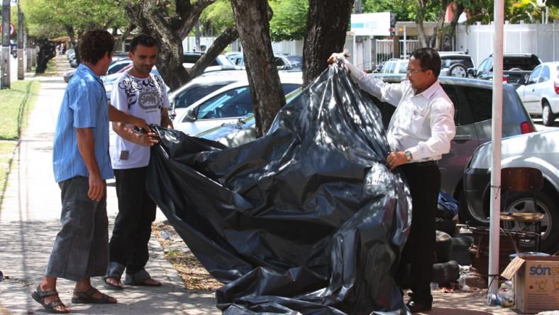 Manifestantes desfazem acampamento após entendimento com o Governo