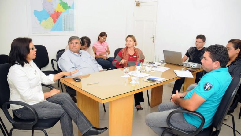 Inclusão apresenta logística do PAA-Alimentos a municípios beneficiados
