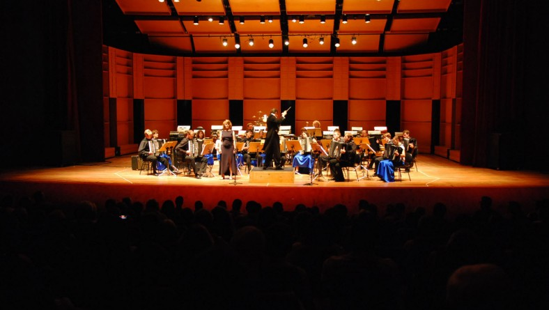 Em segunda noite de apresentação Orquestra da Bavária lota o TTB