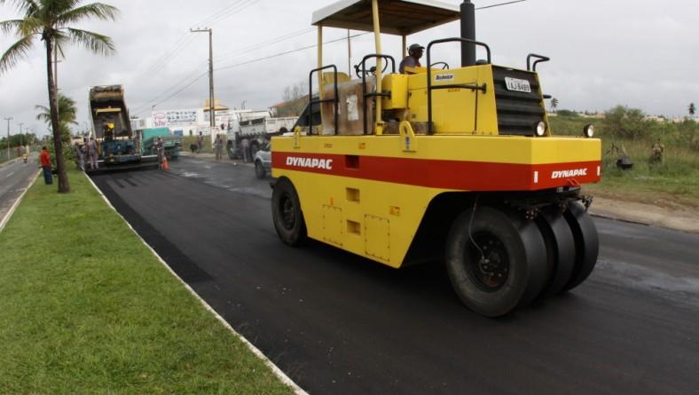 Seinfra e Emurb recuperam avenida Melício Machado