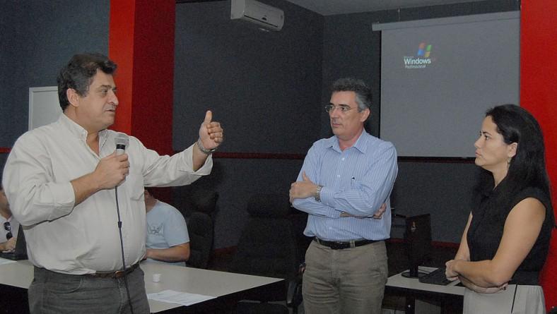 SES e Sindicato dos Trabalhadores da Saúde discutem produção do PCCV