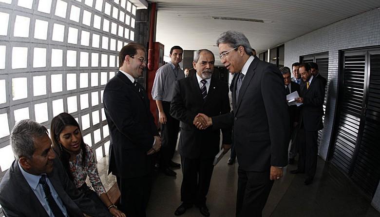 Marcelo Déda participa de cerimônia de ampliação do Fórum Gumersindo Bessa