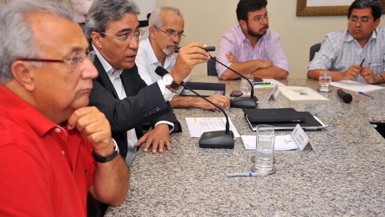 Governo e PMA se reúnem para tratar do andamento das obras do PAC