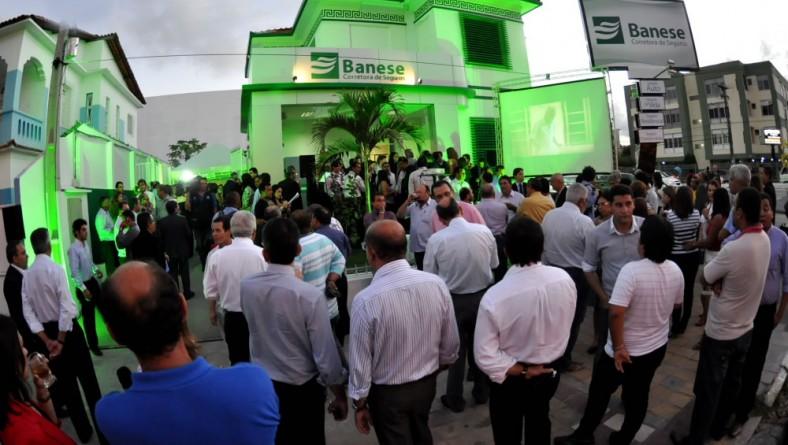 Vice-governador inaugura nova sede do Banese Corretora