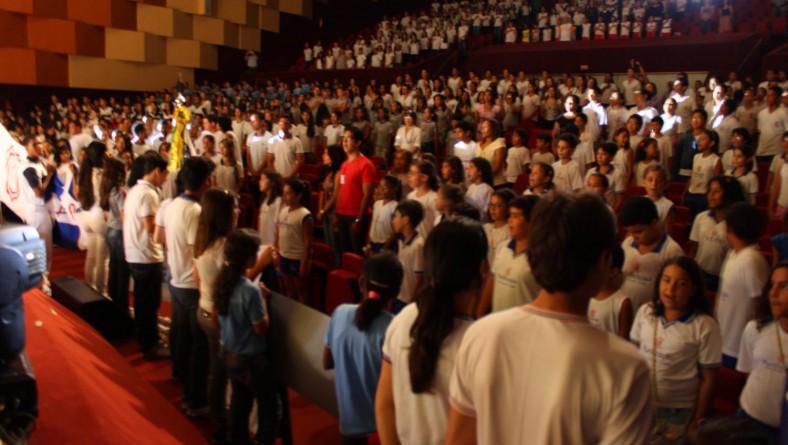 VI Olimpíada Ambiental é lançada com a presença de centenas de alunos do Estado
