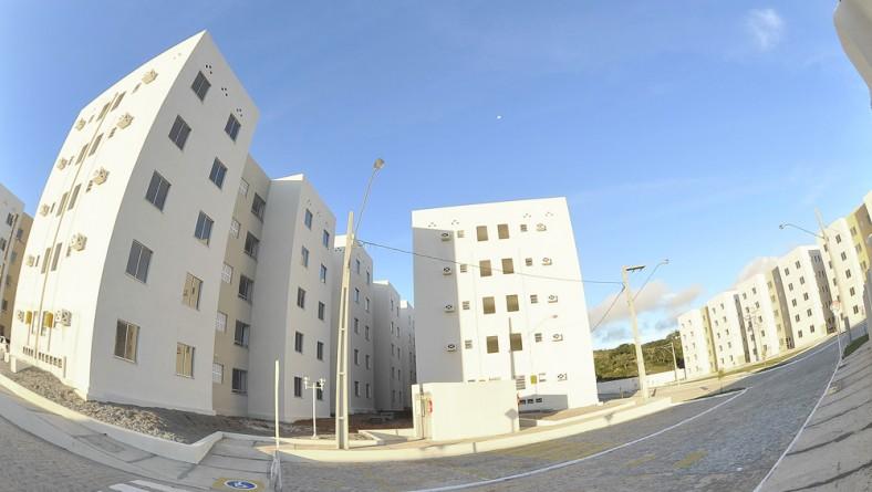 Déda participa da entrega de 369 unidades habitacionais no Porto Dantas