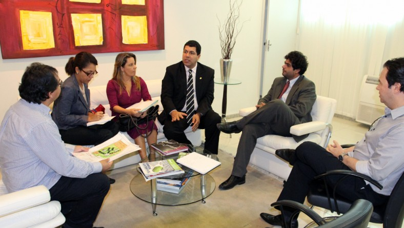 Sedetec e SSP firmam parceria para viabilizar Instituto de Análises