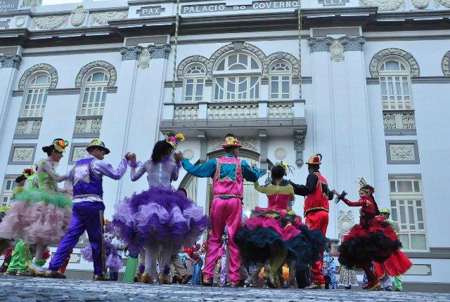 Banda de Pífanos e Quadrilha Asa Branca se apresentam no Palácio-Museu Olímpio Campos