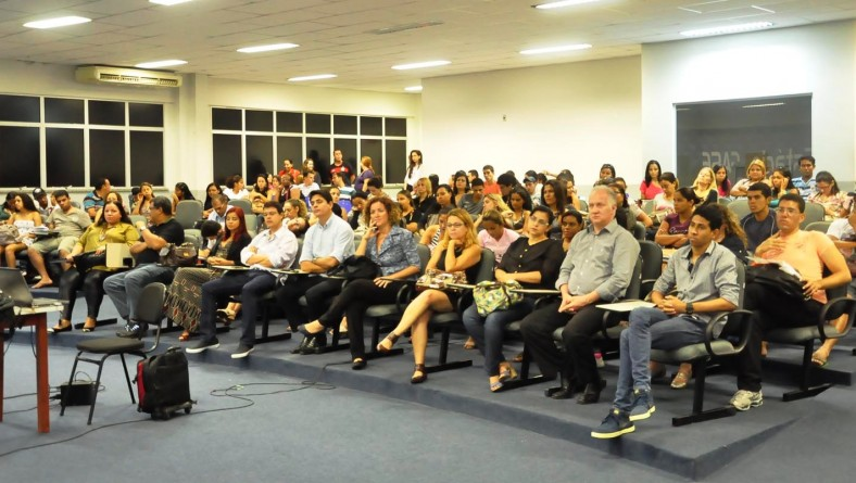 Mesa redonda debate o turismo e energias sustentáveis em Sergipe