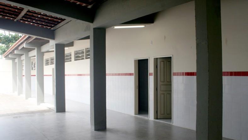 Escola Maria do Carmo passa por reforma e ampliação