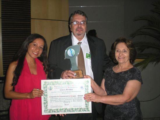 Deso recebe prêmio de Instituto Internacional