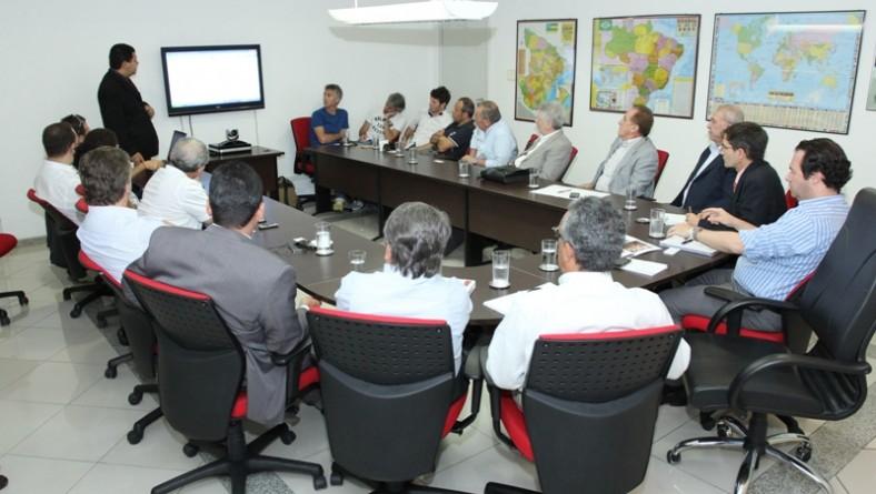 Sergipe recebe Grupo italiano e discute futuros investimentos no estado