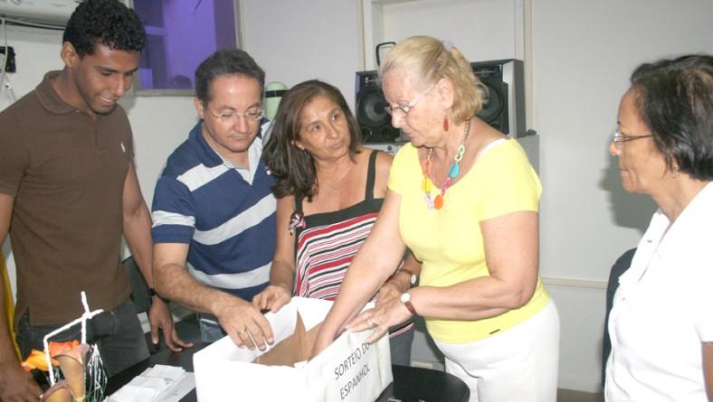 Seed realiza sorteio para curso de Espanhol