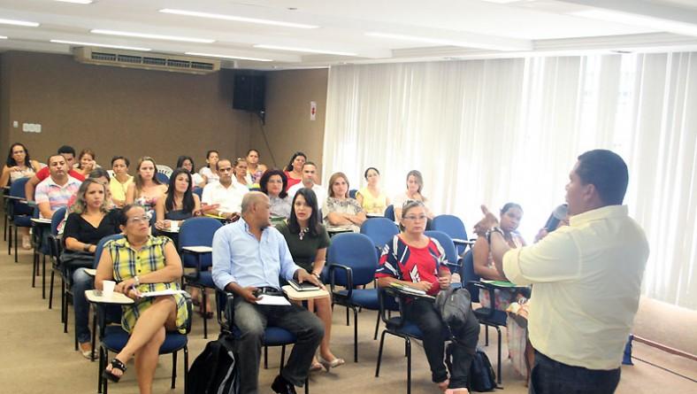 Seed e SES realizam encontro com gestores municipais para explicar o Programa Saúde e Prevenção nas Escolas