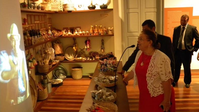 Ministra Ideli Salvatti elogia o Museu da Gente Sergipana