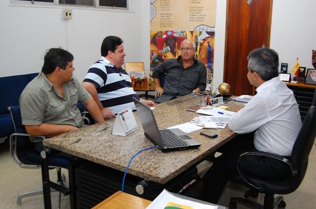 Elber Batalha recebe prefeito de Campo do Brito e detalha projetos para desenvolver o turismo