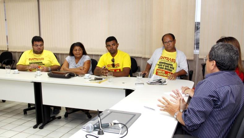 Governo de Sergipe mantém diálogo com Sintrase