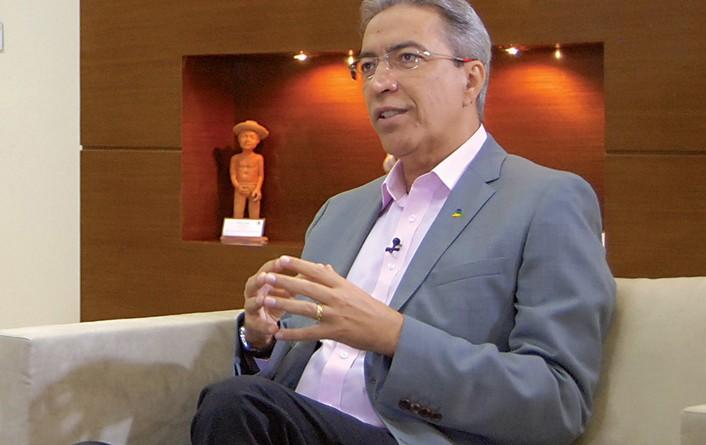 Déda informa sobre cirurgia e pede orações do povo sergipano