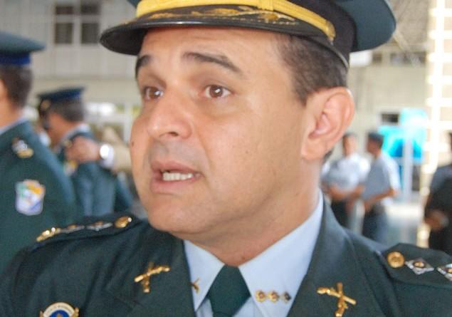 Jackson participa da promoção de oficiais da Polícia Militar