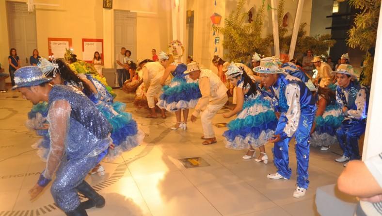 Apresentação de quadrilha junina encanta visitantes do Museu da Gente Sergipana