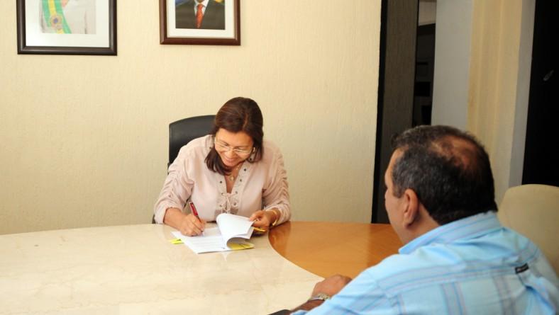 Governo e Moita Bonita celebram convênio para construção de CRAS