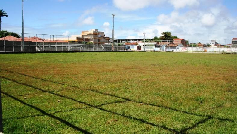Construção do Complexo Desportivo do Santos Dumont segue cronograma