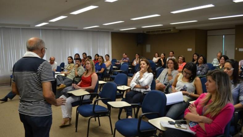 Servidores da Fundação Parreiras Horta participam de treinamento de prevenção e combate a incêndio