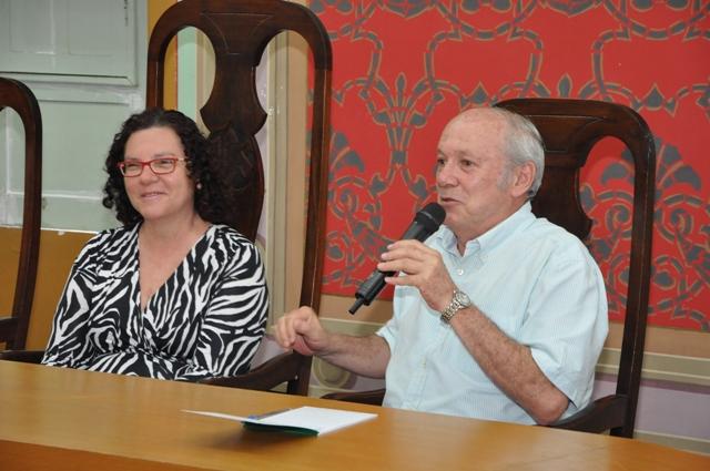 Lúcia Falcón explica reforma do Terminal Luiz Garcia para Acese, CDL, Fecomércio e lojistas